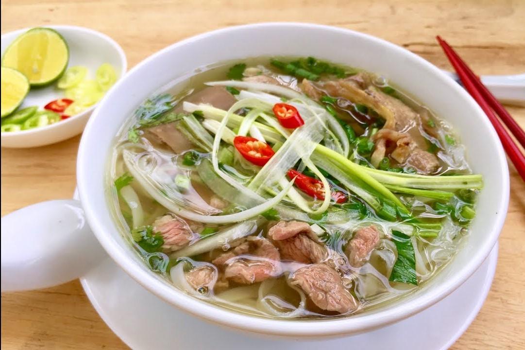 Phở Việt Nam lọt top những trải nghiệm món ăn tuyệt vời nhất thế giới - Hình 1