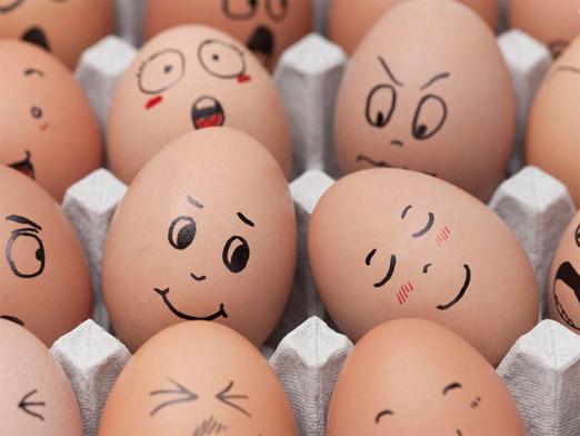 Vẽ trứng gà - Hình 1