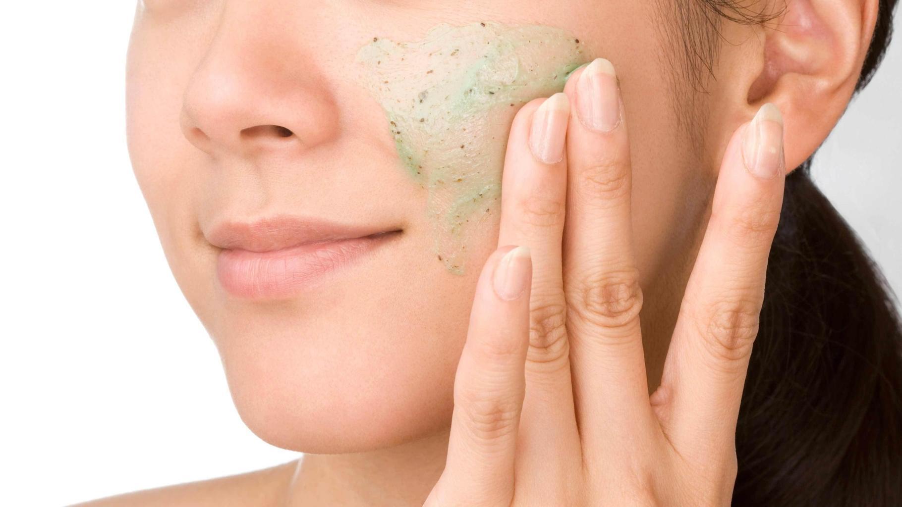 Chuyên gia nổi tiếng tiết lộ 5 thứ không được thoa lên da mặt, phụ nữ muốn đẹp nhất định phải biết - Hình 4