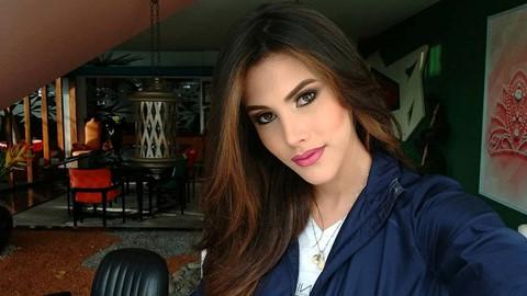 Nhan sắc quyến rũ của Hoa hậu Quốc tế 2018 - Hình 7