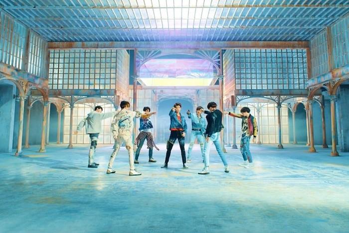 Những kỉ lục BTS thiết lập trên thị trường âm nhạc thế giới - Hình 3