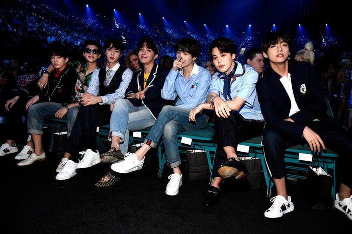 Những kỉ lục BTS thiết lập trên thị trường âm nhạc thế giới - Hình 11