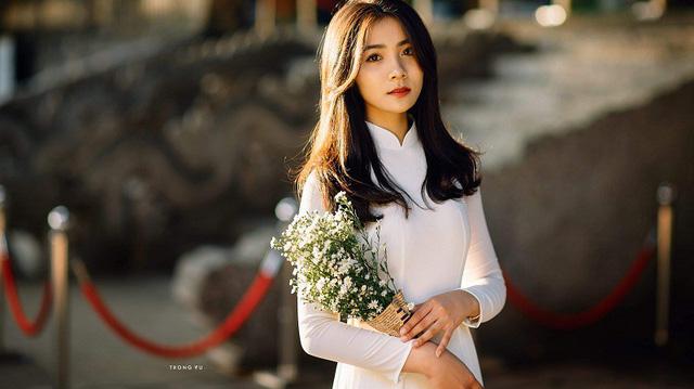 Hot girl áo dài Bắc Ninh lại gây thương nhớ trong bộ ảnh cuối thu - Hình 4