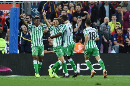 Messi lập cú đúp, Barca vẫn thua Real Betis ngay trên sân nhà - Hình 2
