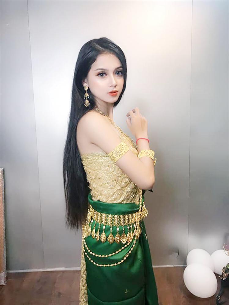 Xuất hiện thêm một cô gái dân tộc Khmer xinh hết phần thiên hạ khiến dân mạng tưởng nhầm con lai - Hình 3