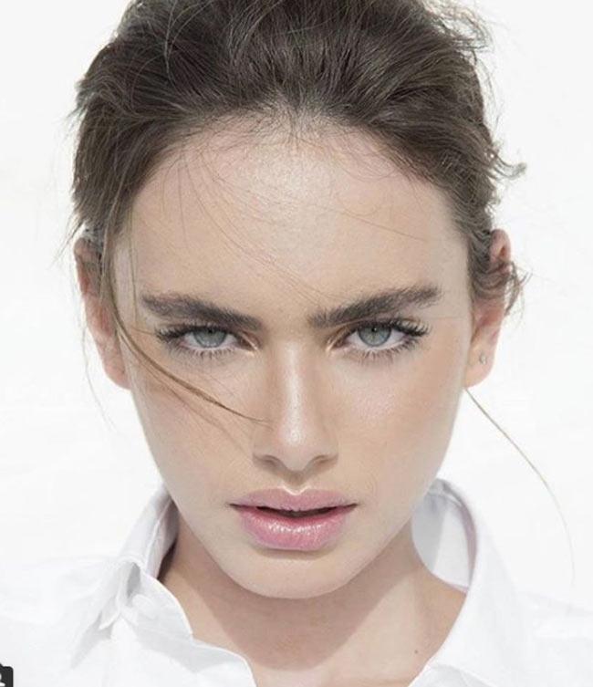 Chị em sinh đôi Irina Shayk mang cả đại dương trong đôi mắt sát đàn ông - Hình 9