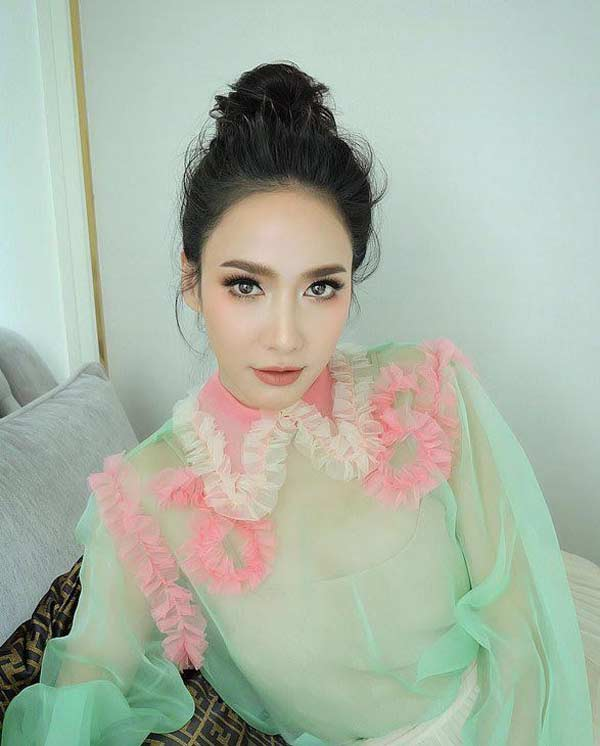 Nữ hoàng giải trí Thái xinh đẹp, gợi cảm - Hình 5