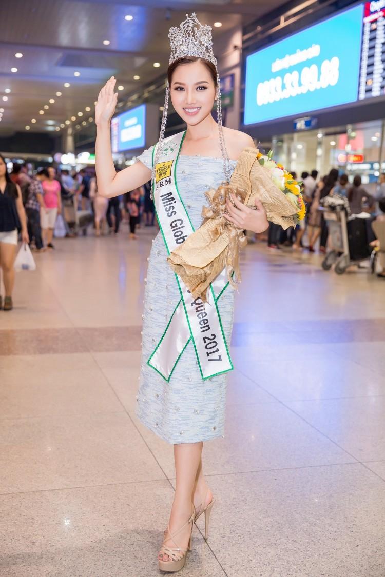Sao Việt Nam lại nhiều nữ hoàng đẳng cấp quốc tế đến thế? - Hình 4