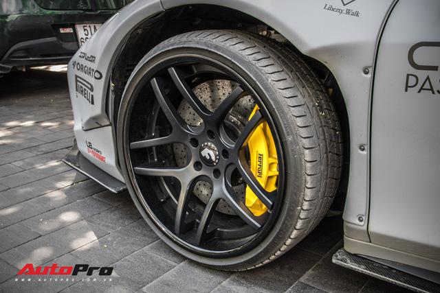 Chán phong cách dị, Ferrari 458 Italia độ Liberty Walk trở về nguyên bản - Hình 7
