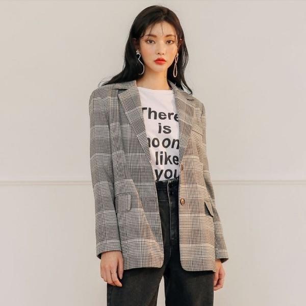 4 kiểu áo các quý cô không thể thiếu trong ngày se lạnh - Thời trang