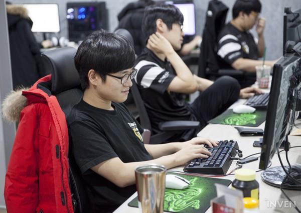 Gạt qua nỗi buồn ở CKTG 2018, Gen.G eSports ra mắt Gaming House hoành tráng giữa lòng Seoul - Hình 6