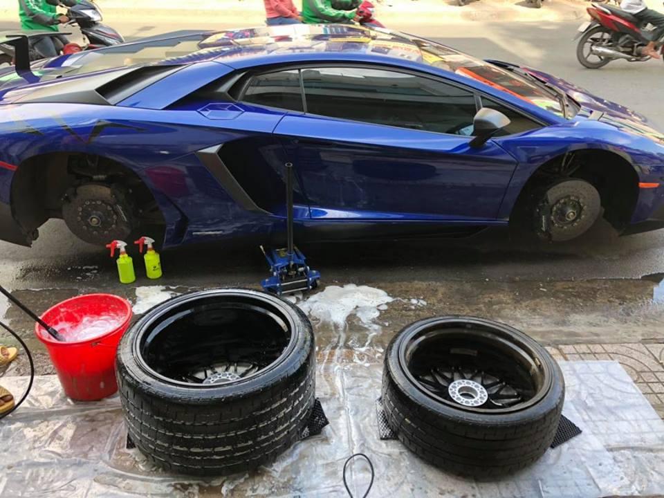 Lột áo siêu xe Lamborghini Aventador SV từng thuộc sở hữu của Minh Nhựa - Hình 4