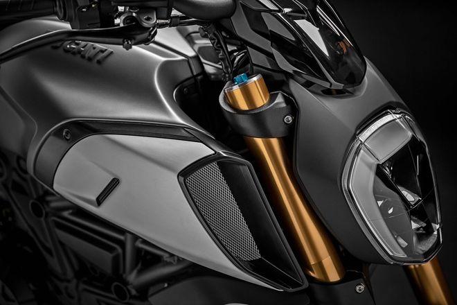 Phát mê trước 2019 Ducati Diavel 1260 cơ bắp, siêu tối tân - Hình 11