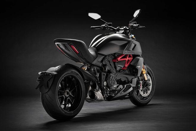 Phát mê trước 2019 Ducati Diavel 1260 cơ bắp, siêu tối tân - Hình 3