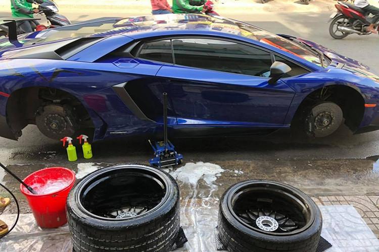 Lamborghini Aventador SV Minh Nhựa về zin sắp đến tay chủ mới - Hình 5