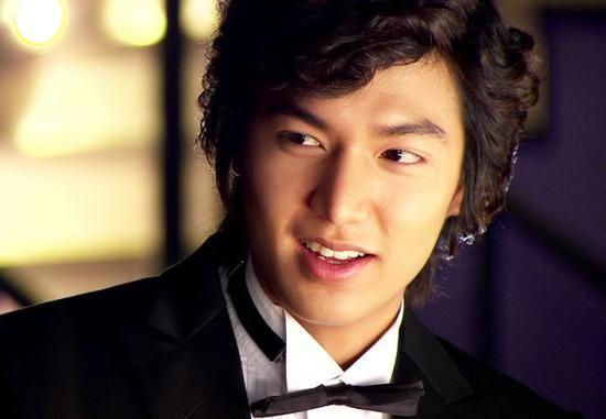 Những vai diễn kinh điển làm nên tên tuổi của các nam diễn viên Hàn Quốc - Hình 12