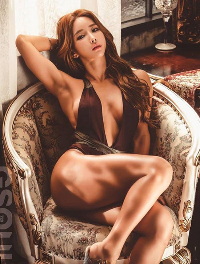 Với hot girl Hàn này, nhiều đàn ông chỉ muốn nhìn mặt thay vì thân hình - Hình 2