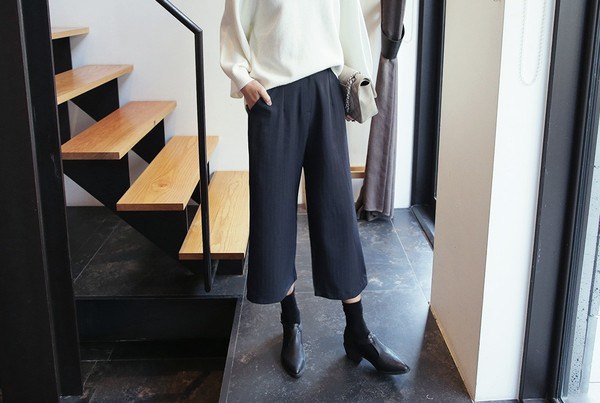 4 loại giày mix đẹp và chất với quần culottes - Hình 11