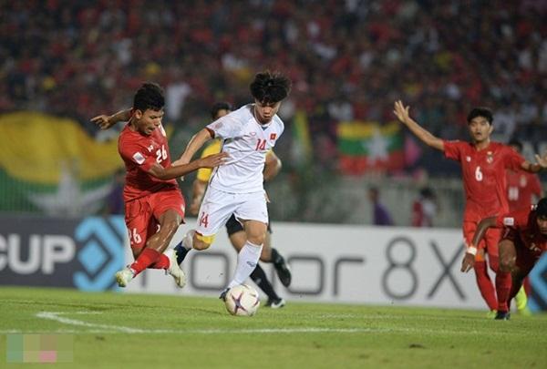 Khung thành Myanmar như bị ám, ĐT Việt Nam nhận kết quả thất vọng tại trận đấu thứ 3 AFF Cup 2018 - Hình 3