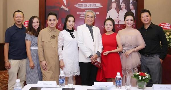 NSND Quang Thọ về hưu 10 năm vẫn có nhiều ca sĩ nổi tiếng đến thăm nhân ngày 20/11 - Hình 1