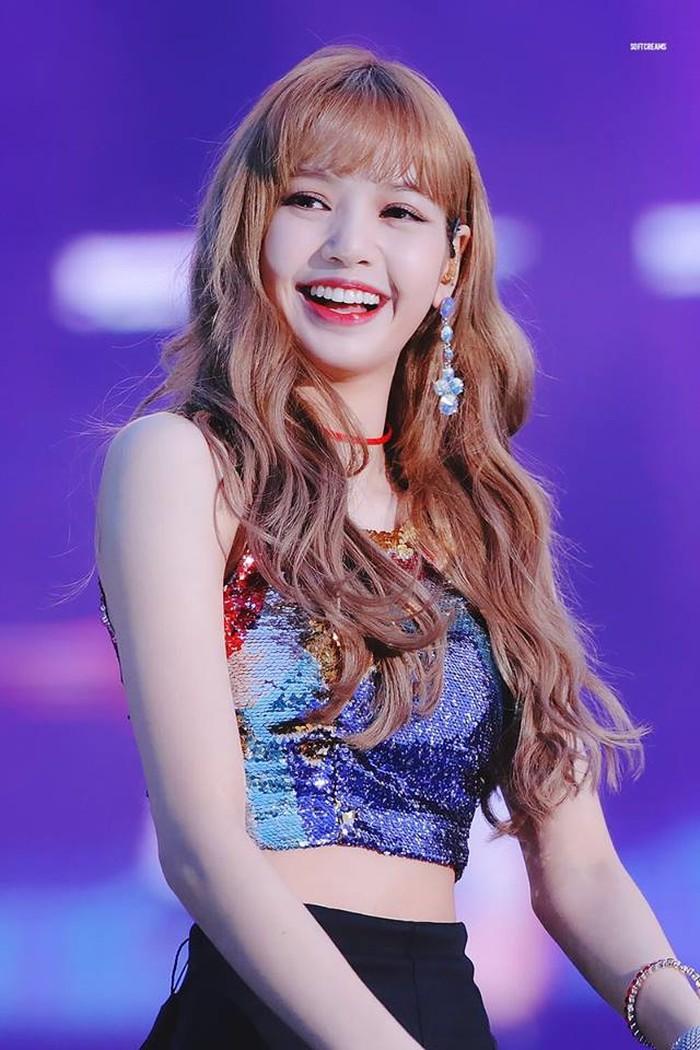 Taeyeon (SNSD) cẩn thận: Lisa (BlackPink) đang sắp qua mặt rồi! - Hình 1