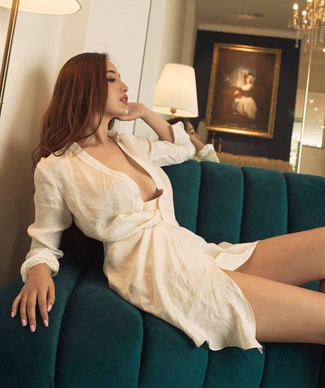 Thả rông như Mai Phương Thúy, Bích Phương: Xu hướng nói không với bra đang hot - Hình 4