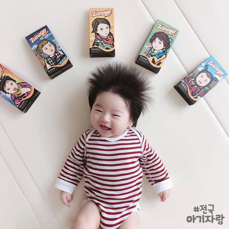 Cậu bé Hàn Quốc đốn tim dân mạng vì mái tóc chôm chôm quá đáng yêu - Hình 12