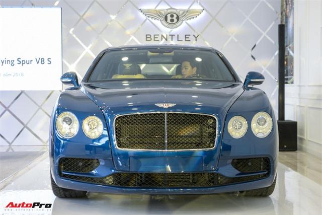 Ngắm siêu xe Bentley Flying Spur V8 S vừa ra mắt tại Việt Nam, giá gần 17 tỷ đồng - Hình 2