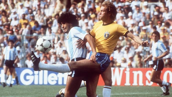 10 cầu thủ xuất sắc nhất lịch sử Brazil: Neymar ngả mũ trước Ronaldo - Hình 4