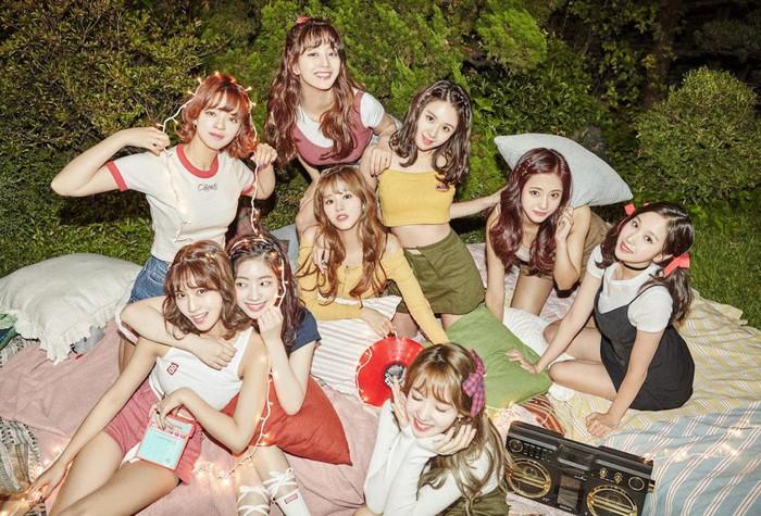 Hát không ra hơi, vì sao Twice vẫn là nhóm nữ hàng đầu Kpop? - Hình 2