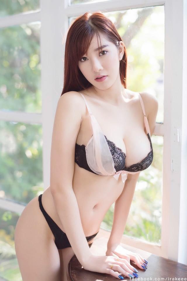 Thiên thần bra Sukanya Moey khoe thềm ngực căng mọng... - Hình 14