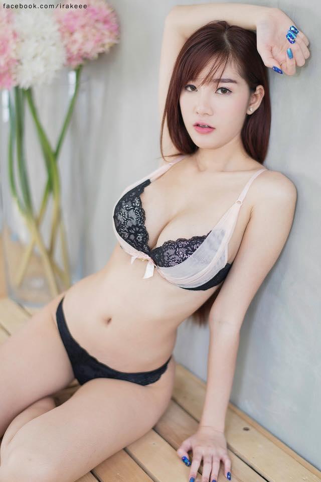 Thiên thần bra Sukanya Moey khoe thềm ngực căng mọng... - Hình 13
