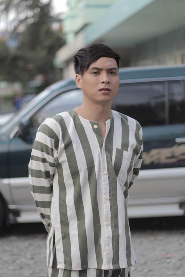Cả showbiz Việt gần đây ai cũng trở thành trùm mafia từ phim điện ảnh đến web drama - Hình 8