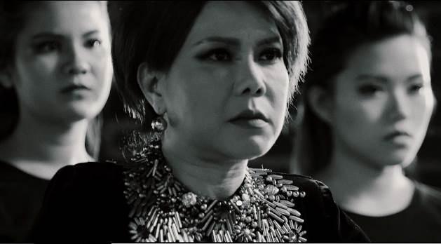 Cả showbiz Việt gần đây ai cũng trở thành trùm mafia từ phim điện ảnh đến web drama - Hình 6