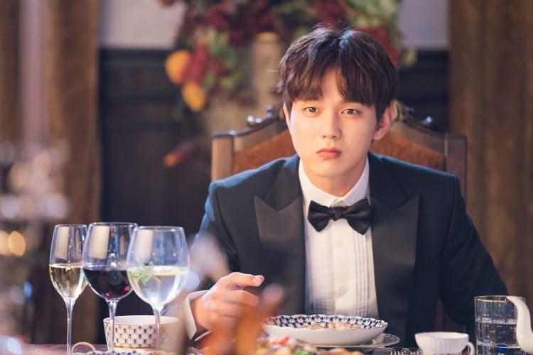 My Strange Hero: Em trai quốc dân Yoo Seung Ho hành nghề giả danh với ngoại hình đẹp nao lòng - Hình 4