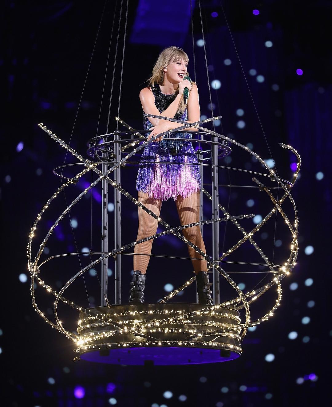 Sau khi kết thúc tour diễn Danh Tiếng trên đất Nhật, Taylor Swift thu về hàng tỉ USD - Hình 8