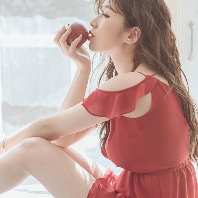 Vẻ gợi cảm, mơn mởn như trái chín của nữ thần bra Hàn Quốc - Hình 15