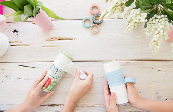 3 món đồ xinh xinh dễ làm từ chai nhựa và đồ tái chế - Hình 6