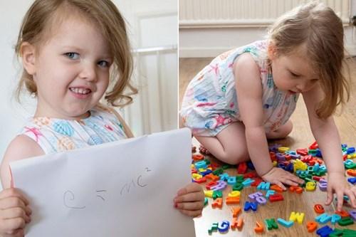 Bé nư 3 tuổi thông minh hơn cả thiên tài Albert Einstein - Hình 1