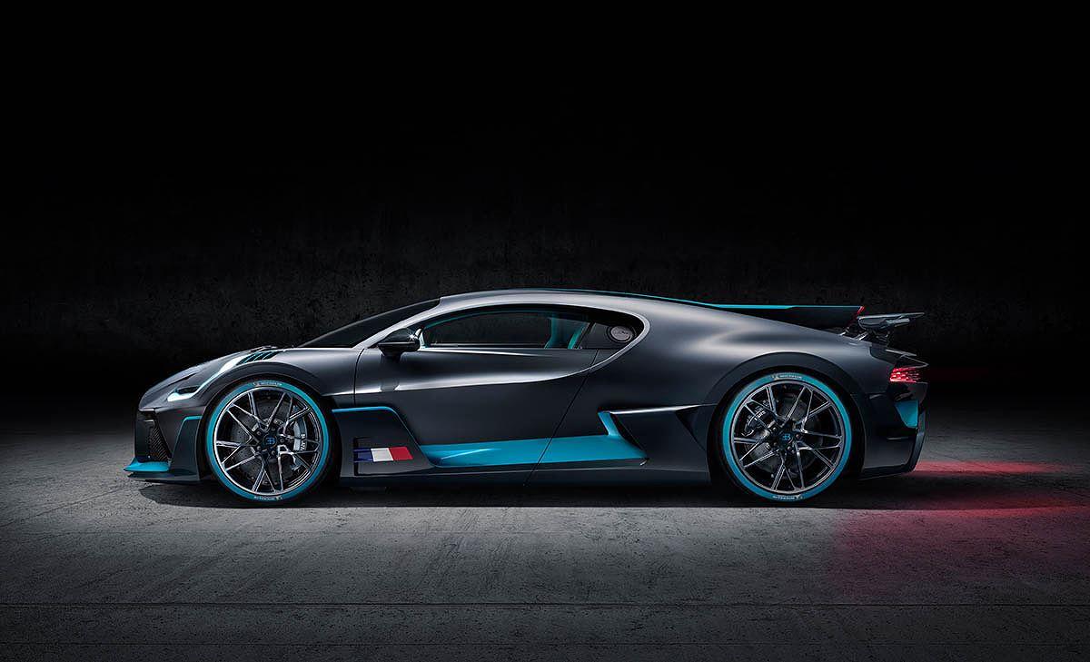 Cận cảnh siêu xe hypercar Bugatti Chiron Divo giá 135 tỷ - Hình 6