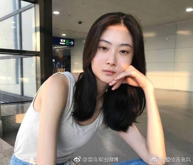 Netizen lùng sục thông tin về người mẫu đóng quảng cáo D&G gây tranh cãi, dấy lên làn sóng tẩy chay toàn Trung Quốc - Hình 14