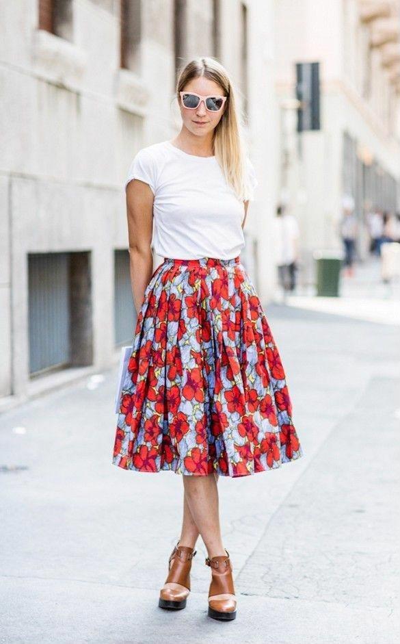 Những cách kết hợp đồ với chân váy đẹp đến ngẩn cả người - Hình 1