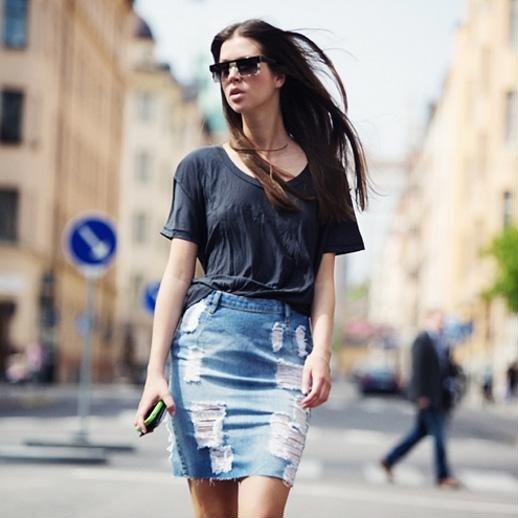 Những cách kết hợp đồ với chân váy đẹp đến ngẩn cả người - Hình 3