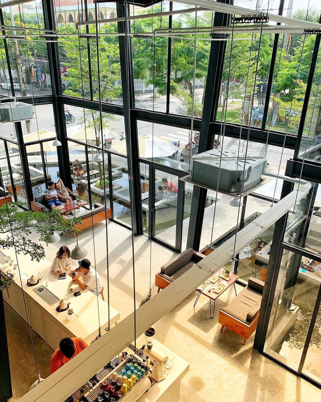 Những quán cà phê và khu tổ hợp xinh xắn khiến bạn muốn bất chấp book vé đi Đà Nẵng ngay - Hình 2