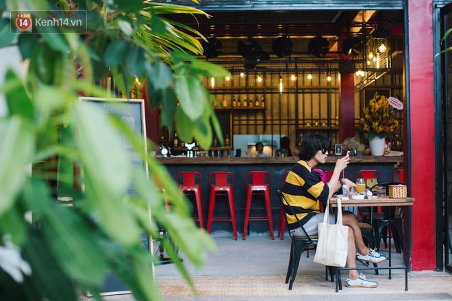 Những quán cà phê và khu tổ hợp xinh xắn khiến bạn muốn bất chấp book vé đi Đà Nẵng ngay - Hình 12