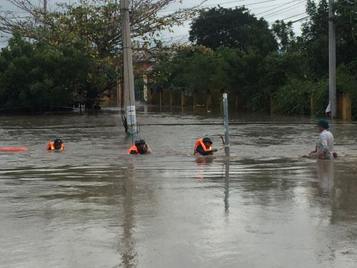 Ninh Thuận: Nhiều địa phương bị ngập lụt, giao thông chia cắt - Hình 2