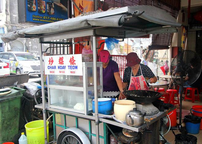 Độc đáo món hủ tiếu xào cay xè của người Malaysia, đến cái khói cũng cay thơm nức mũi - Hình 5