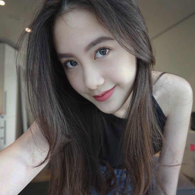 Ngắm hot girl Lào gốc Việt xinh đẹp và quyến rũ 'đốn tim' dân mạng - Hình 3