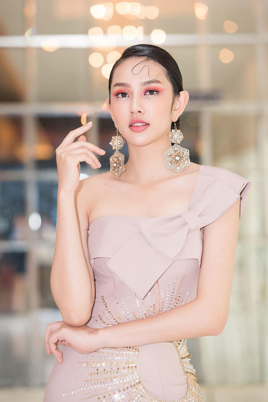 Vừa trở về từ Miss International 2018, Thùy Tiên đã hóa thành tiên nữ ngọt ngào hớp hồn người hâm mộ - Hình 3