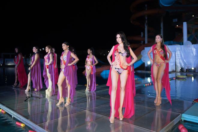 Ảnh đồ tắm bốc lửa của mỹ nhân Việt thắng giải body đẹp nhất Hoa hậu Du lịch Thế giới - Hình 2